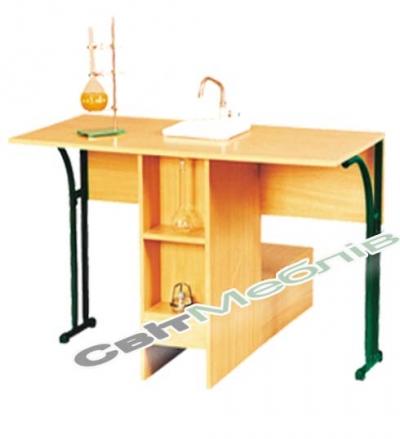 Стіл лабораторний хімічний №6 пласт. з мийкою