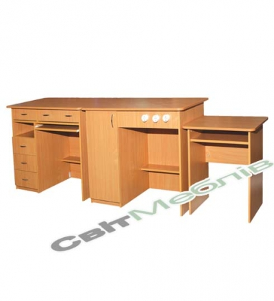 К-т столів демонст. для кабінетів фізики та хімії